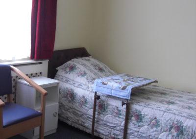 room 8 (b)